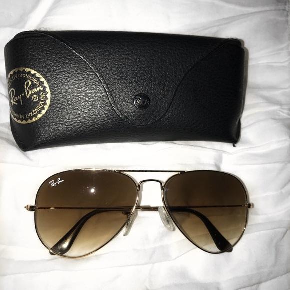 30643a28022d5 Ray-Ban Aviator Gradient Sunglasses. M 5aa43c0584b5cece72b5745d